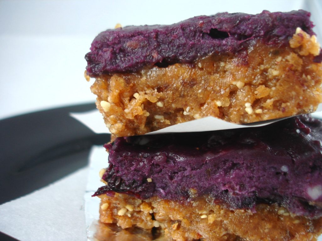 No Bake Sticky Berry Bars |