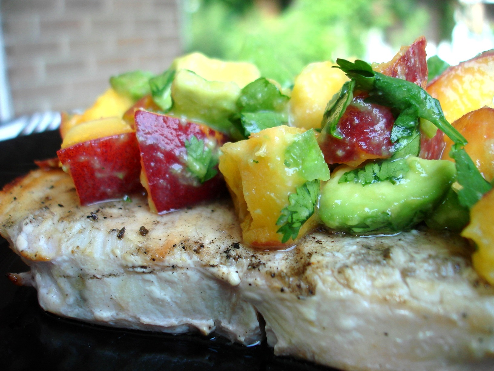 Grilled swordfish with peach and avocado salsa for Sword fish recipes