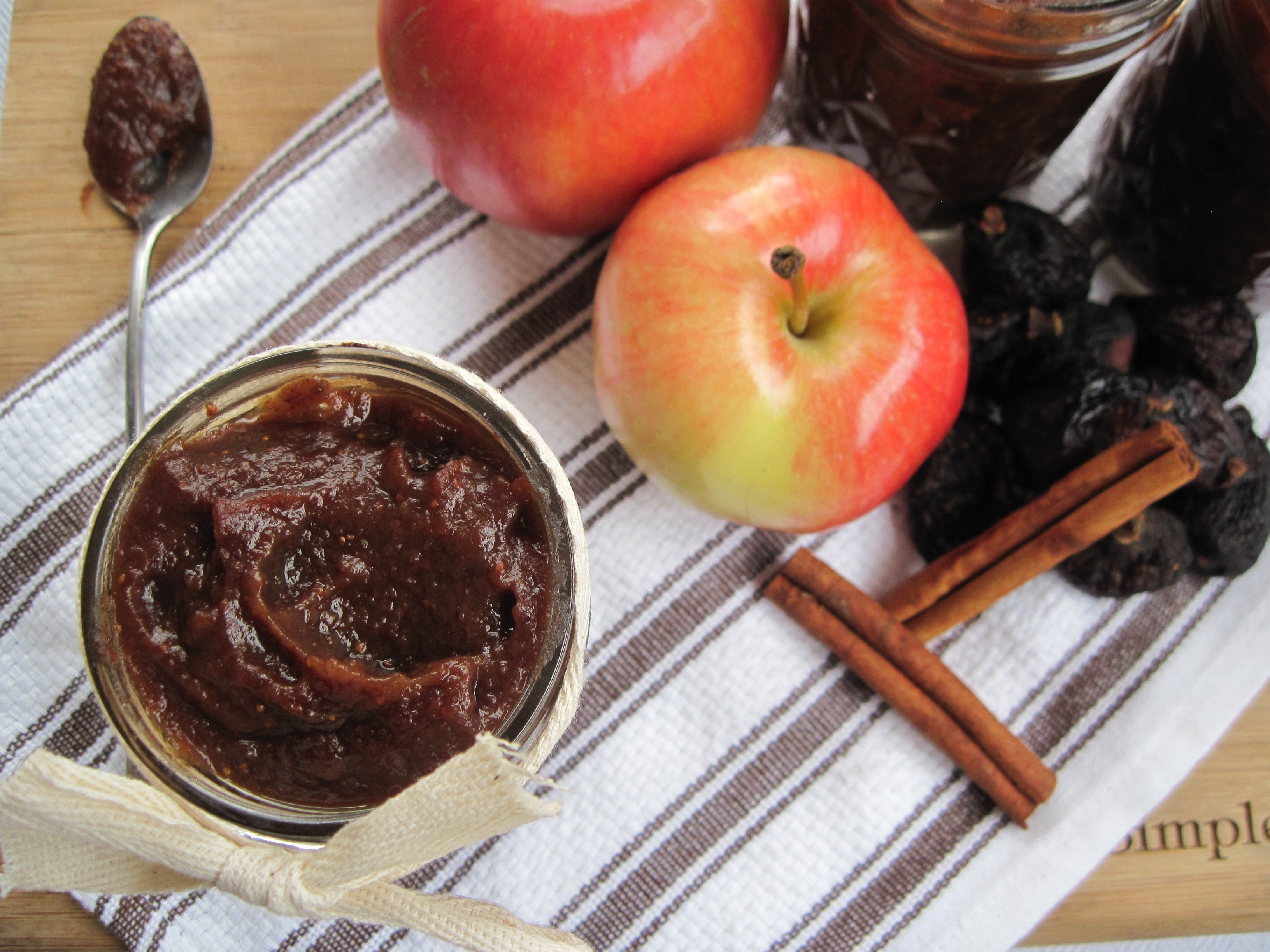 PaleOMG Crockpot Fig Apple Butter