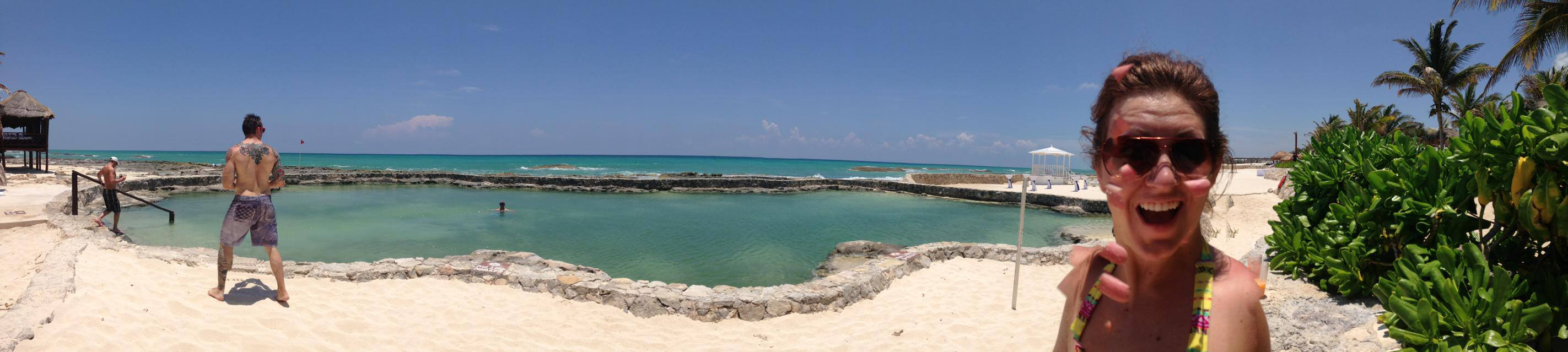panoramic with the ocean-pool, pool-ocean. meet Carra and Tommy. Tommy is not peeing.