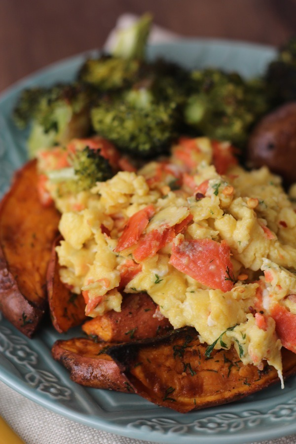 PaleOMG Dill Smoked Salmon and Red Pepper Scramble