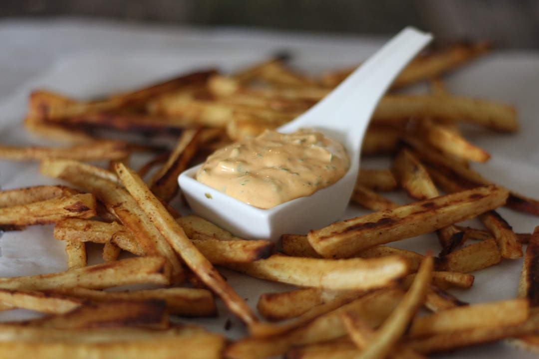 PaleOMG Paprika Parsnip Fries with Sriracha Dipping Sauce