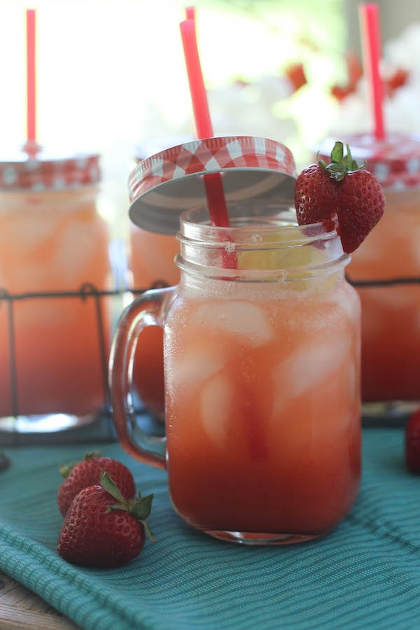 PaleOMG Strawberry Sparkling Lemonade