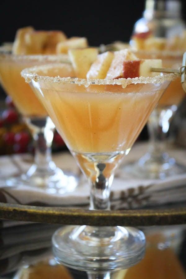 Apple Cider Sparkling Cocktail