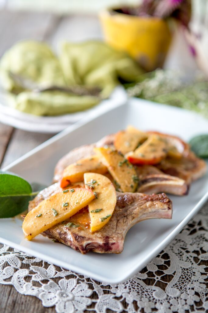 Creamy Apple Pork Chops