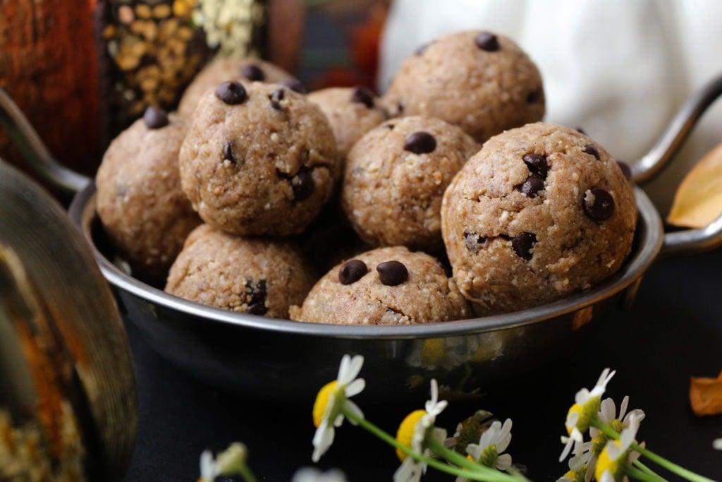 PaleOMG Pumpkin Spice Chocolate Chip Energy Balls