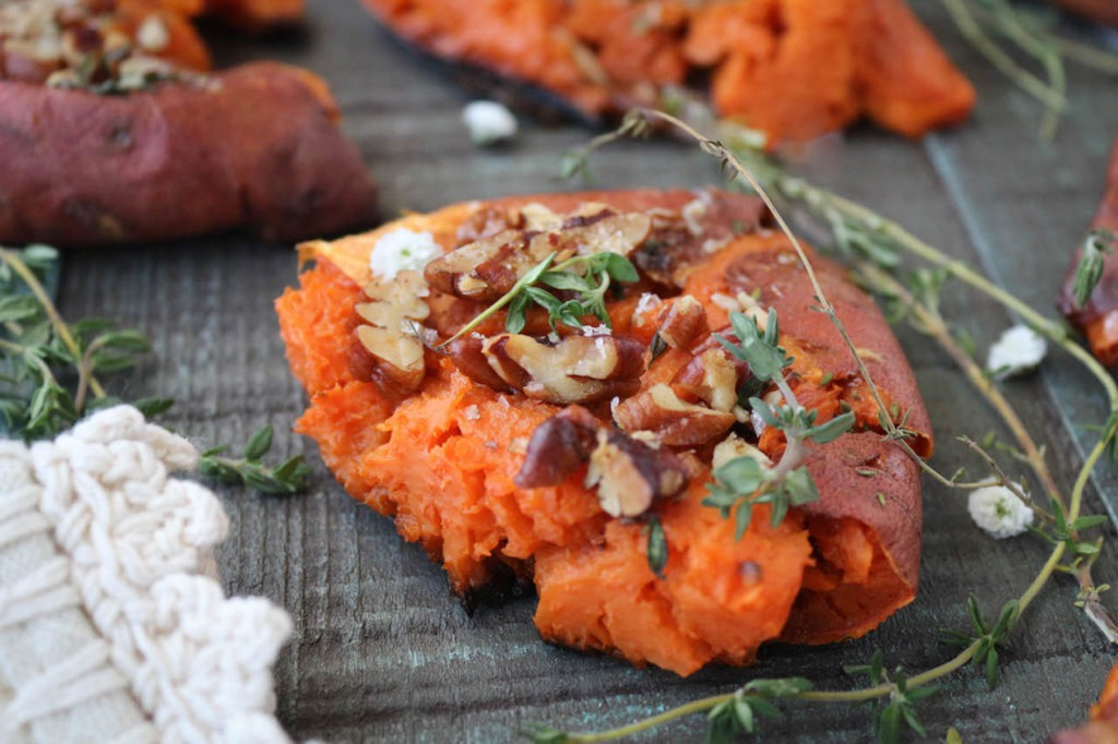 PaleOMG Last Minute Thanksgiving Smashed Maple Sweet Potatoes