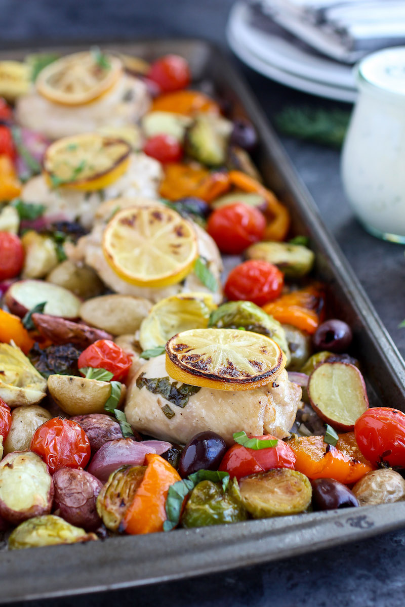 Guest Post: One-Pan Greek Chicken & Veggies with Paleo Tzatziki Sauce