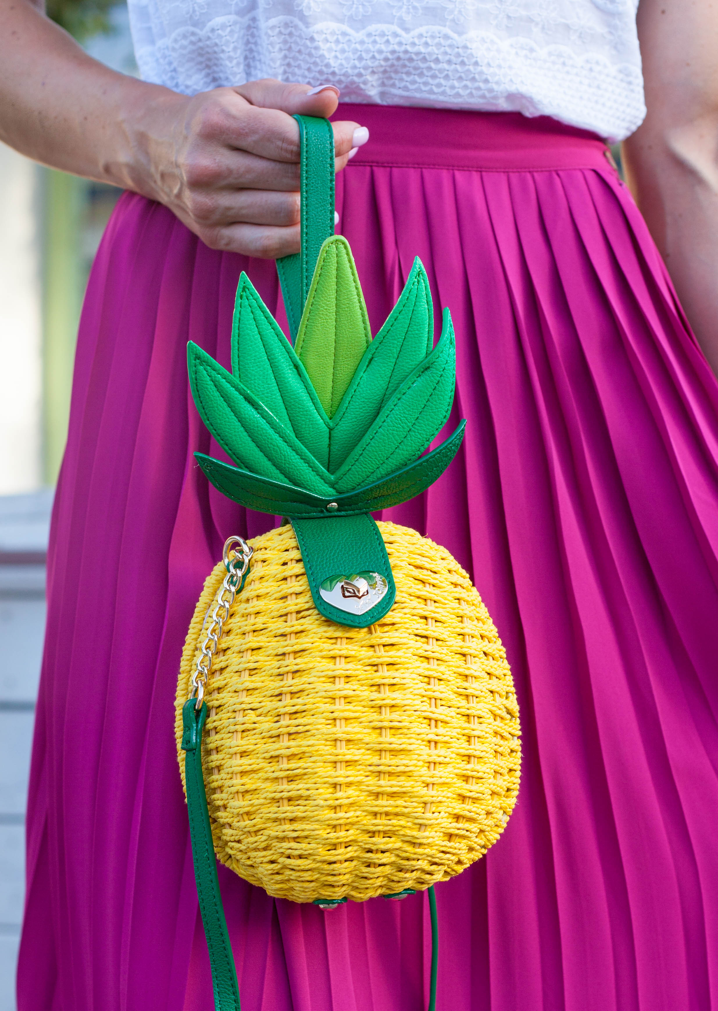 PaleOMG Fashion - Flowy Skirts, Tucked Skirts, and a Pineapple!