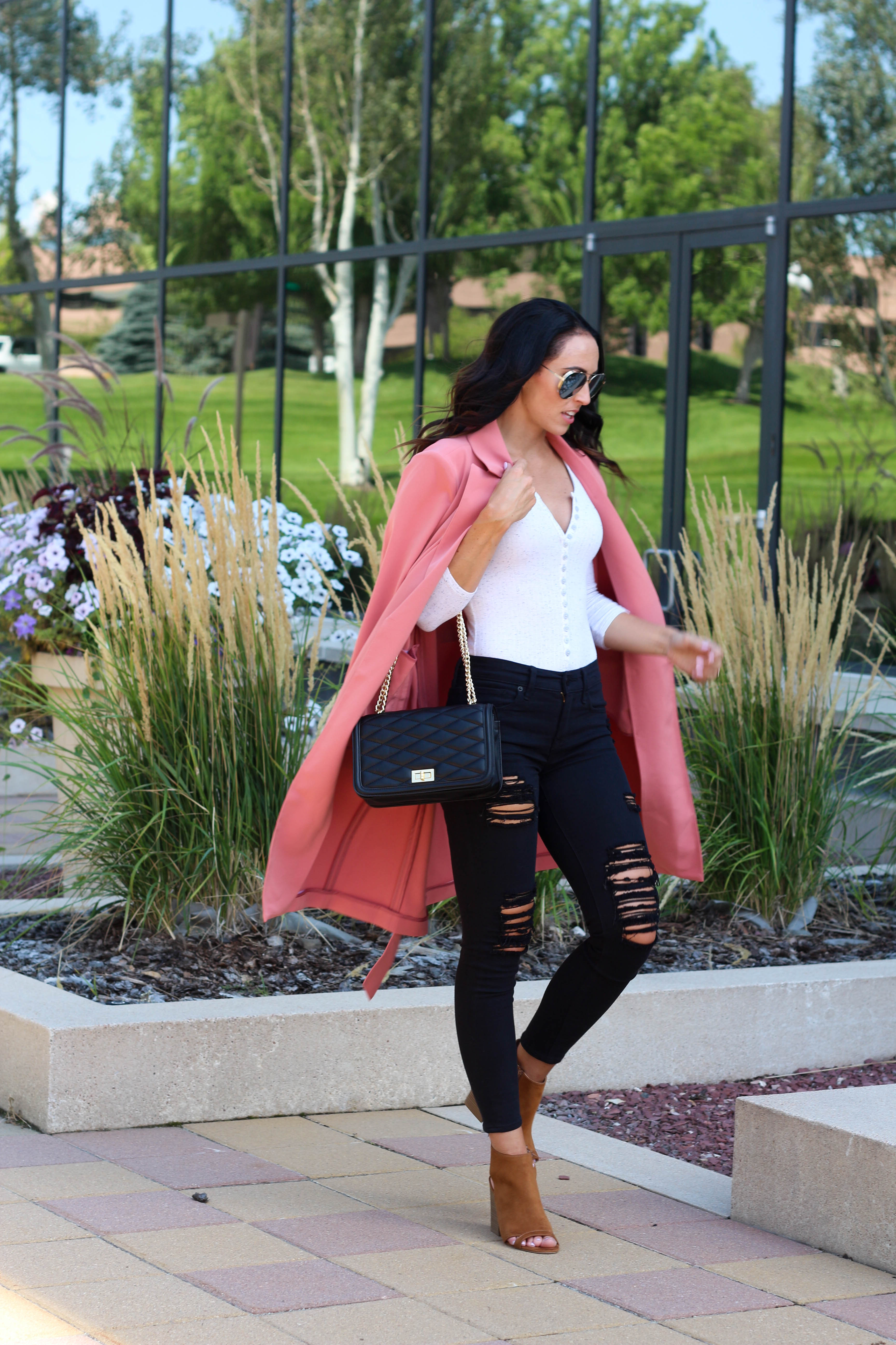 PaleOMG Fashion - Jeans That Make You Feel Absolutely Amazing