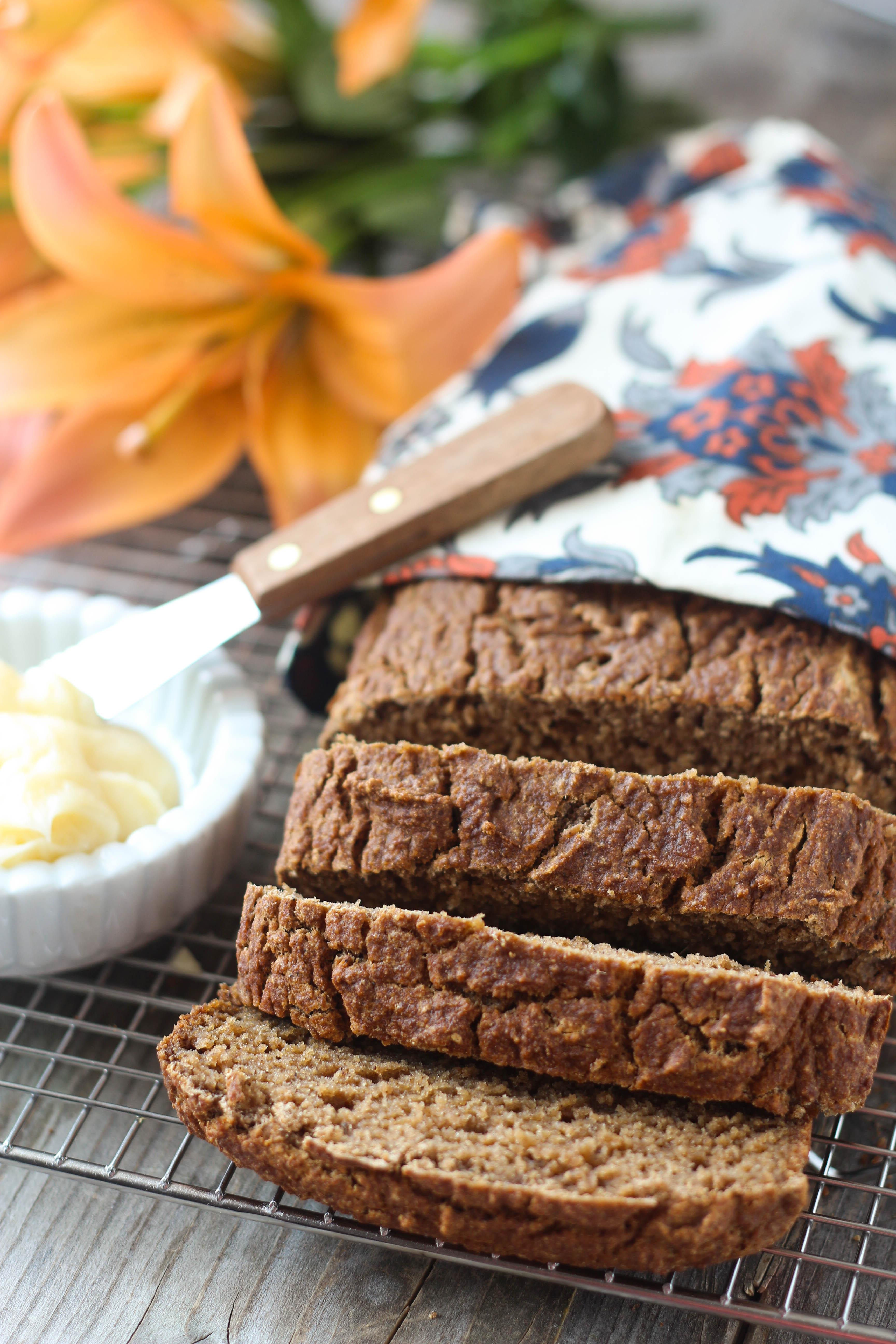 PaleOMG Applesauce Spice Bread
