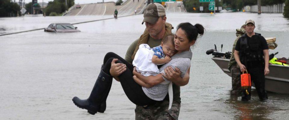 hurricane-harvey-rescue-3-ap-jt-170827_12x5_992