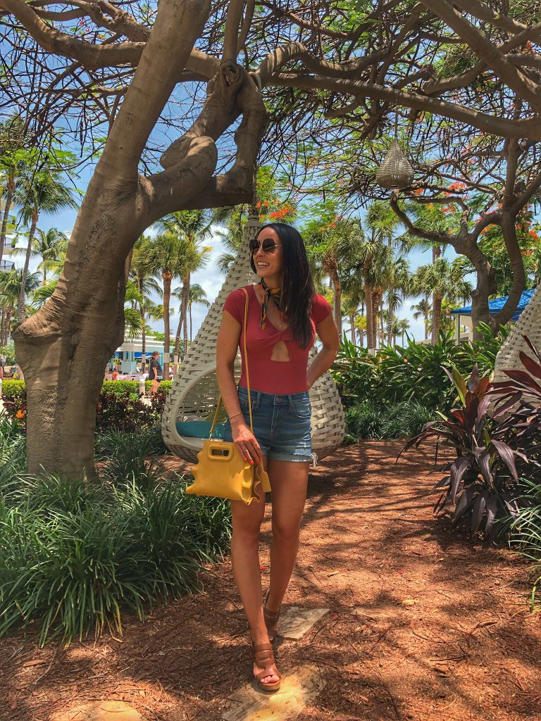 PaleOMG Vacation Outfit Round-Up