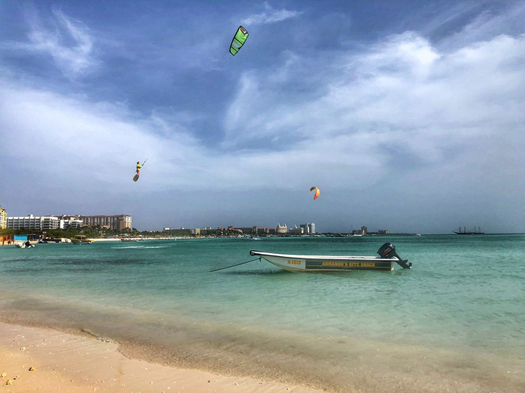 PaleOMG - Training For a Race & Ending it With a Vacation in Aruba