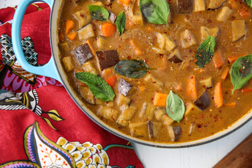 PaleOMG Easy Veggie Panang Curry