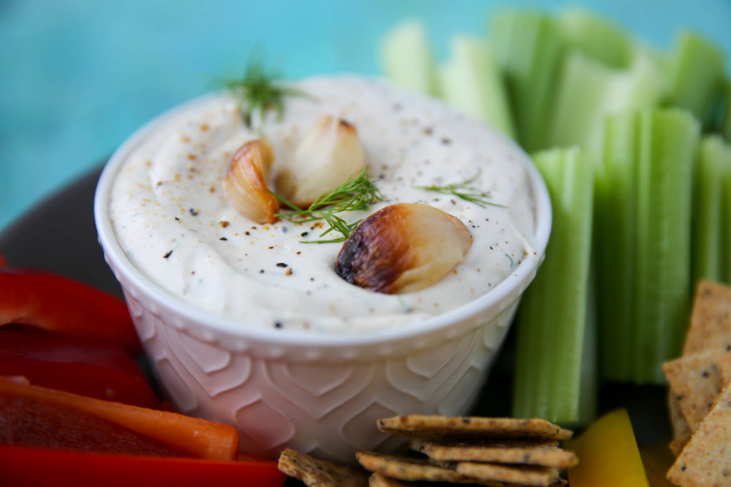 PaleOMG Roasted Garlic Dip