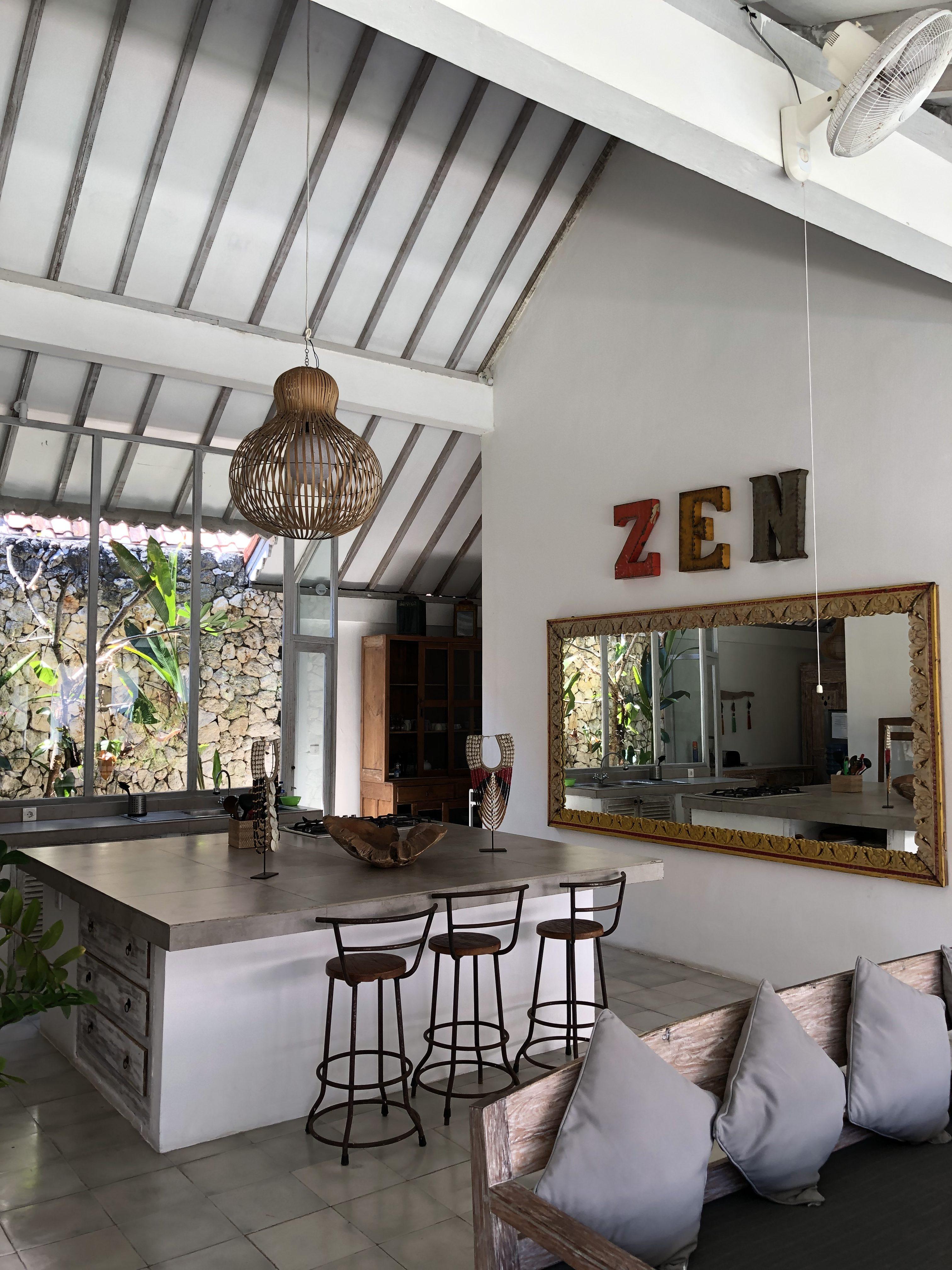 PaleOMG - Exploring Canggu & Uluwatu in Bali