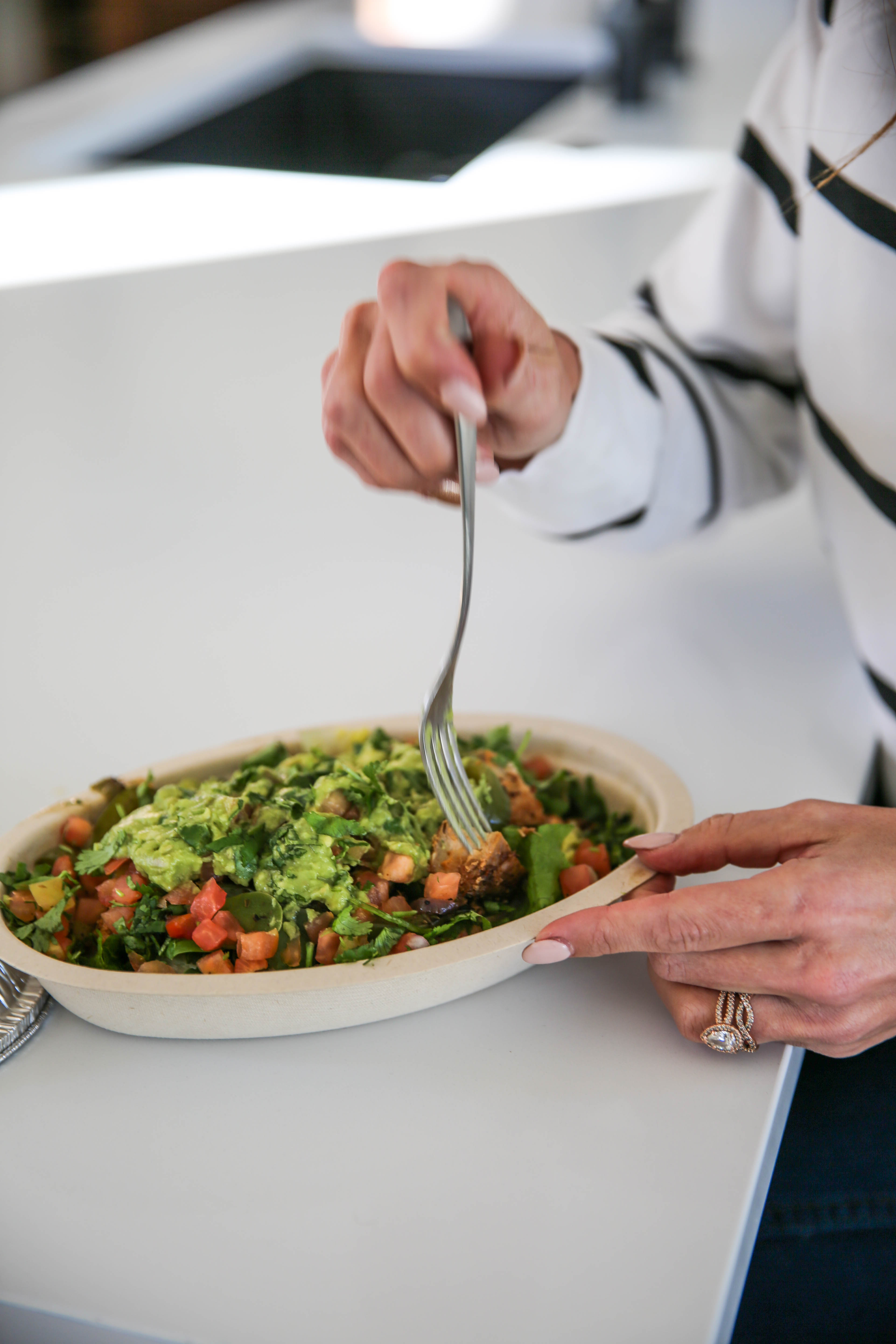 PaleOMG - A Healthy Lunch Has Never Been Easier