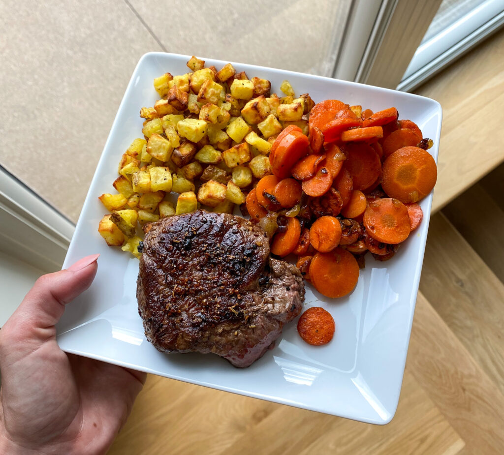PaleOMG Easy Meals in Under 30