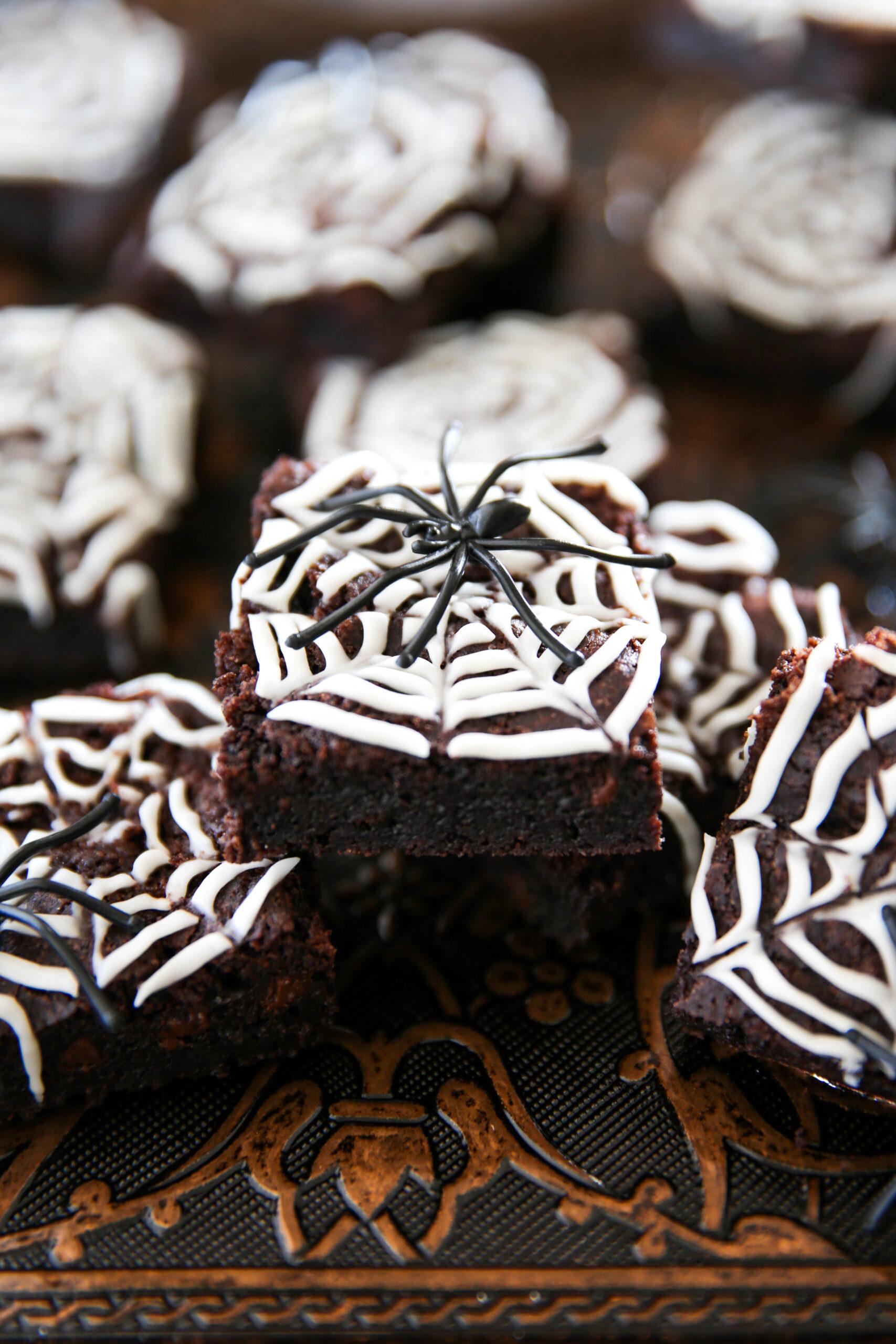 PaleOMG Spiderweb Brownies