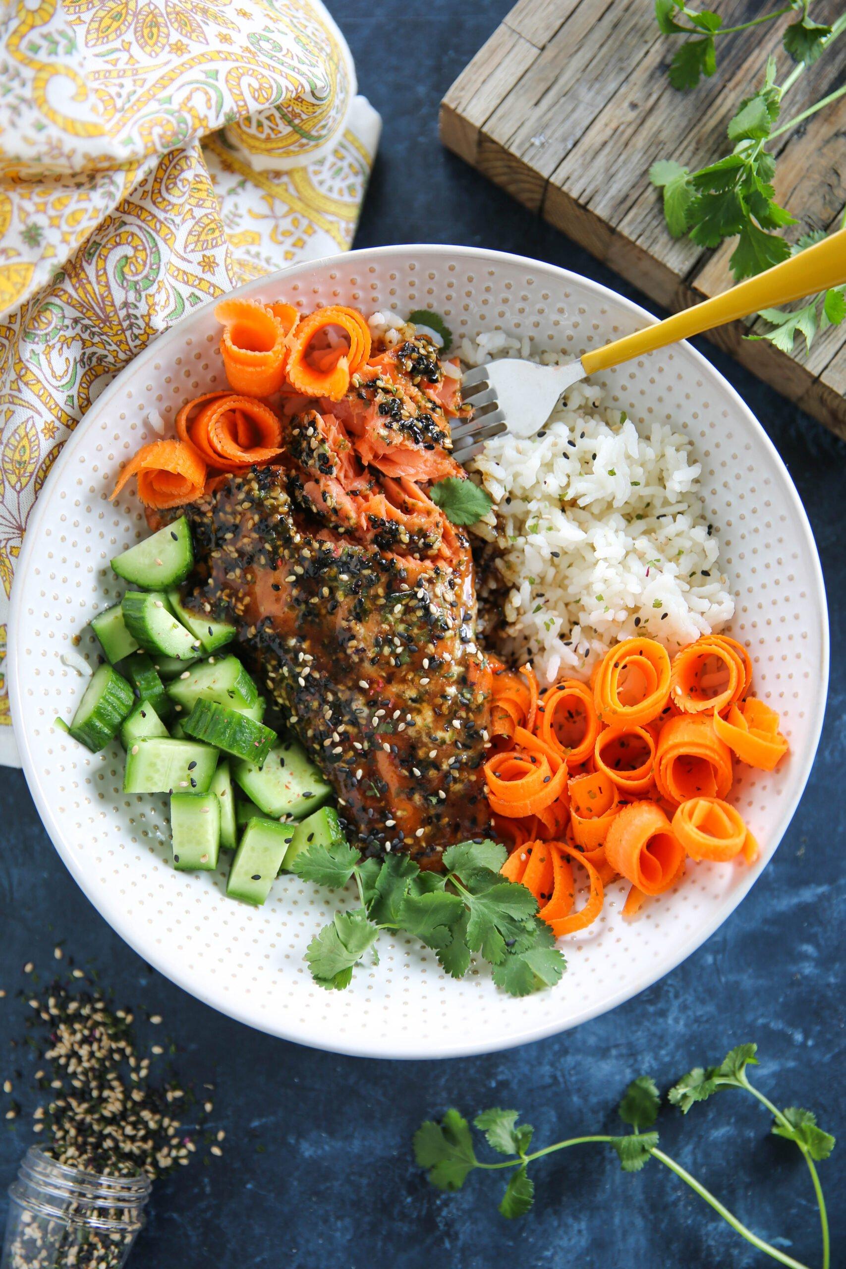 PaleOMG 30 Minute Teriyaki Salmon Bowls