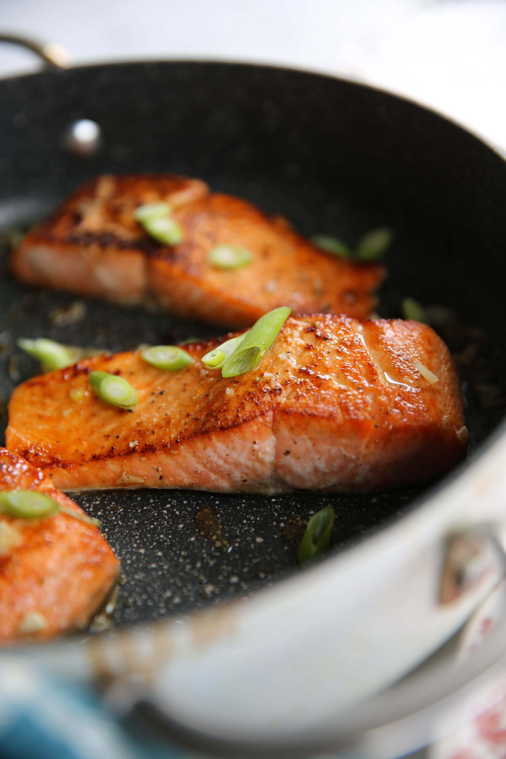 PaleOMG 10 Minute Honey Garlic Salmon