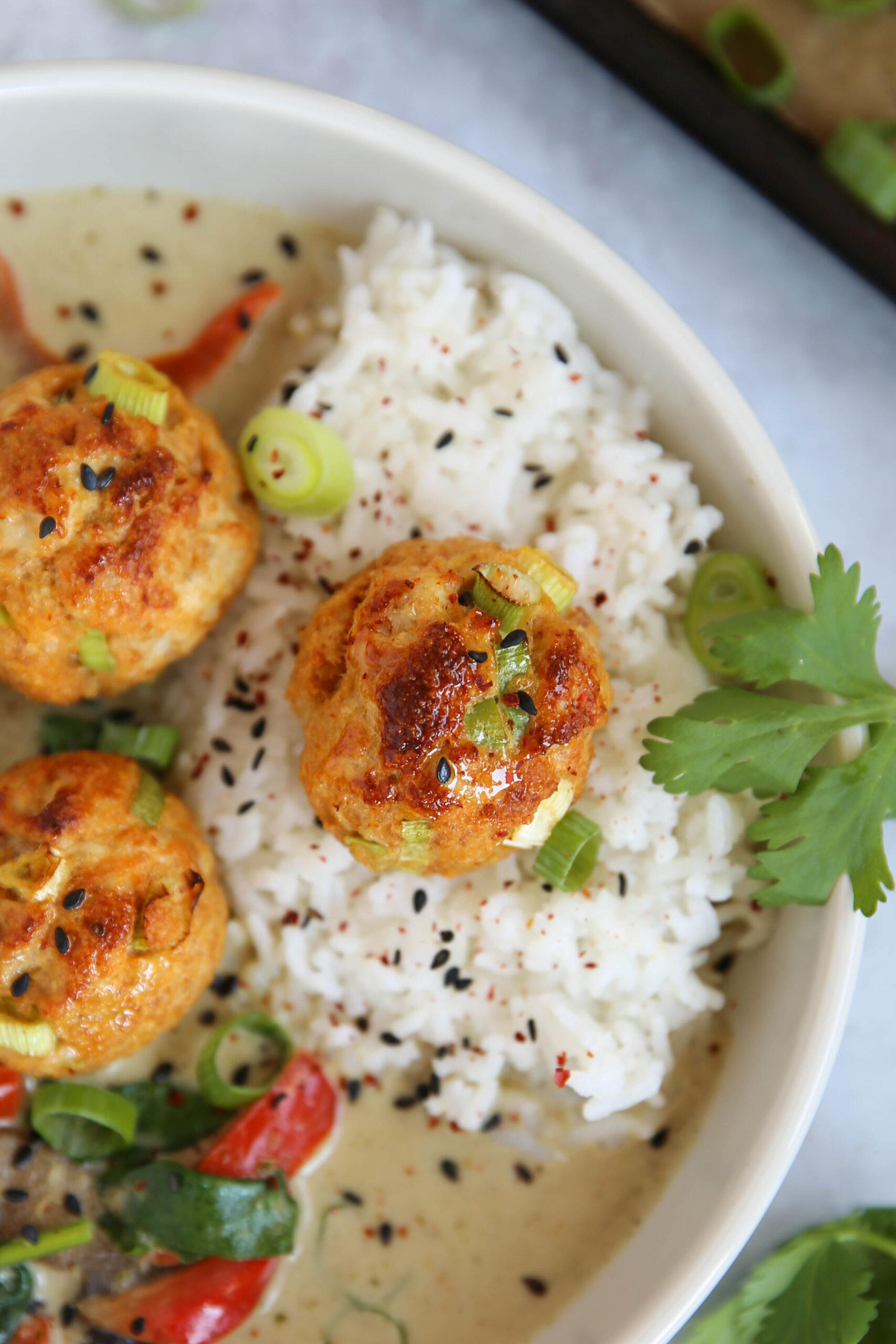 PaleOMG Thai Curry Meatballs